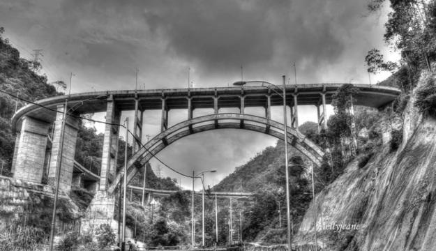 Jembatan 9