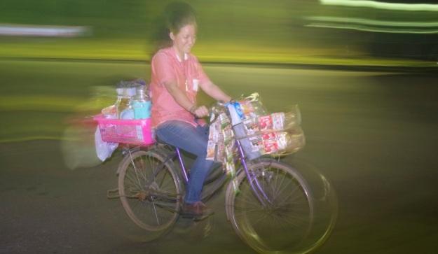 penjual kopi bersepeda 1