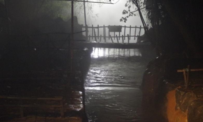 sebuah jembatan 1