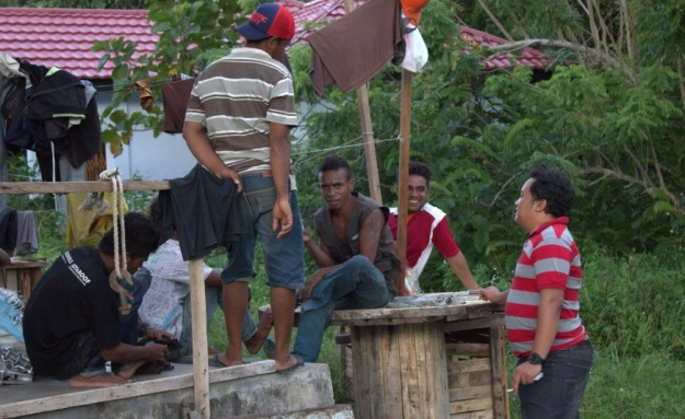 Supporting Team Pembangunan Jaringan Holtekam skouw Perbatasan RI PNG12