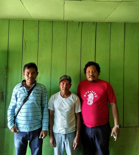 bersama bapak desa bangka ara