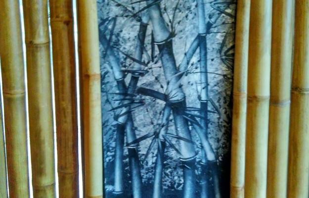 sebuah lukisan bambu