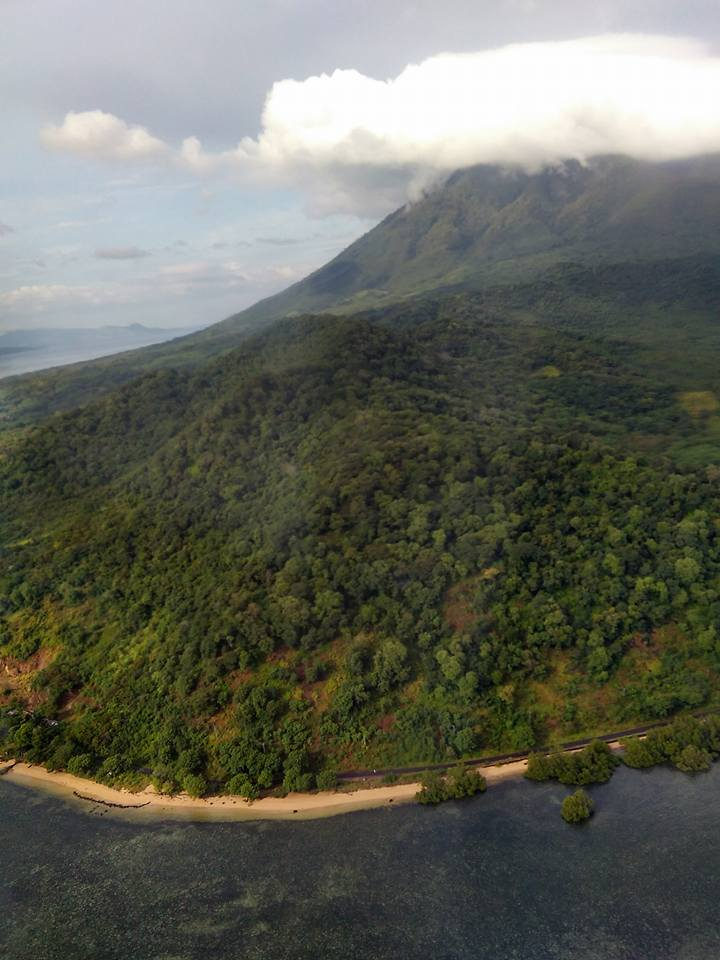 larantuka from air 6