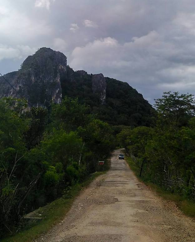 Gunung Batu Kauniki1