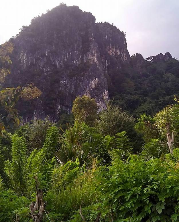 gunung batu kauniki2