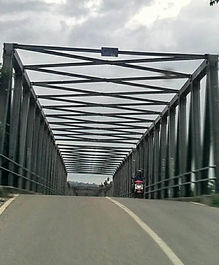 Jembatan besikama Malaka
