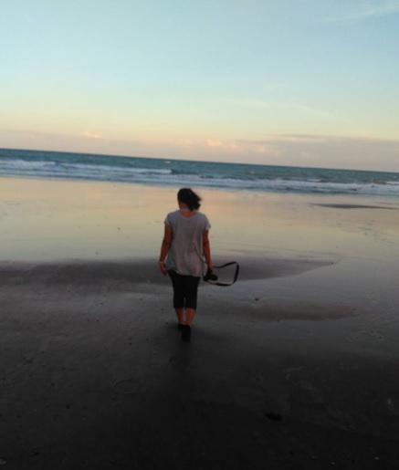 Pantai tanjung lontar sakalak 4