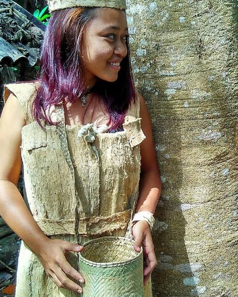 Baju dari Kayu Adat Kabola Alor 5