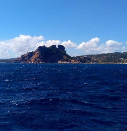 pemandangan dengan kapal cepat Rote Kupang1