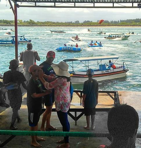river full of boat Bali1