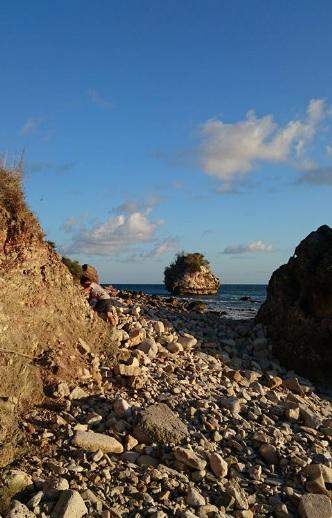 Pantai Batu burung Oebali2