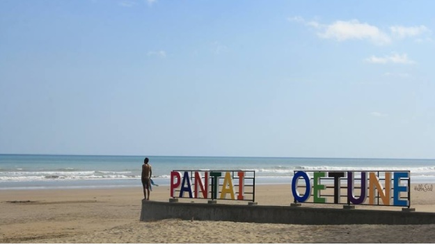 pantai Oetune (photographed on nov 2017 9
