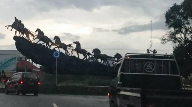 patung kuda salatiga 1