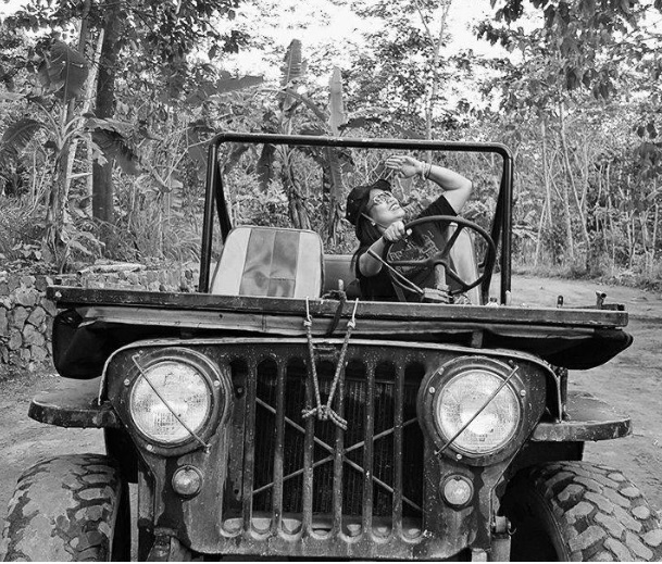 Super Woman Jeep Willys Indonesia 2