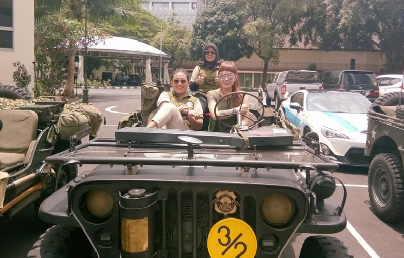 Super Woman Jeep Willys Indonesia 5