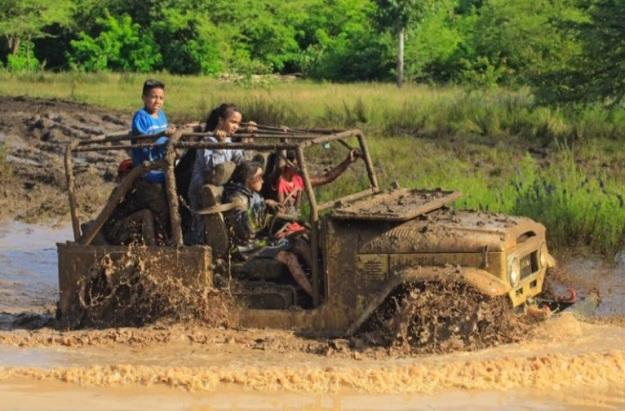 bermain lumpur 18