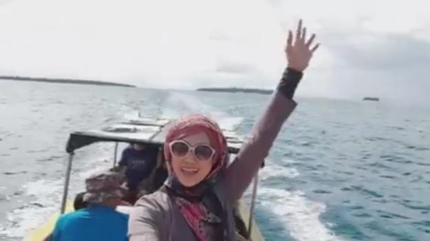 Indahnya Maluku Ke Pulau Bair